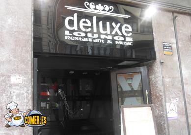 imagen exterior del restaurante deluxe lounge